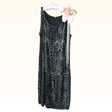 Original Chiffon and Beaded 1920's Flapper dress in wearable condition
