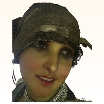 1920's Gold Lamé, and gold Metallic Lace Skull Cap
