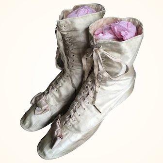 Antique Edwardian Cream Silk Wedding Boots with Pink Bows circa 1900's