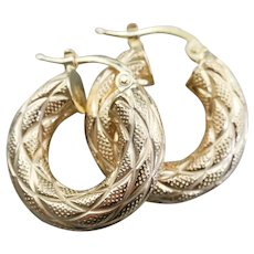 Etched Italian 14 Karat Gold Hoop Earrings