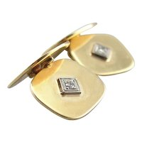 Handsome 1940s Cufflinks with Diamond Illusion Centers