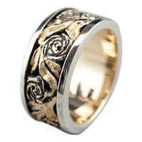 Vintage Carved Rose 14 Karat Gold Pattern Band