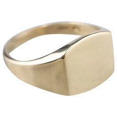 Unisex Yellow 10 Karat Gold Signet Ring