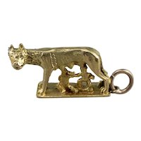 18K Romulus and Remus Statue Charm