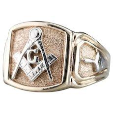 Vintage Men's Mixed Metal Masonic Ring