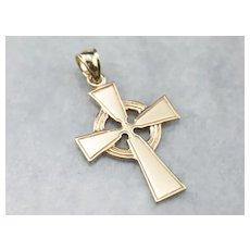Vintage 14 Karat Gold Celtic Cross