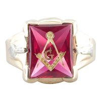 Retro Era Ruby Red Glass Masonic Signet Ring