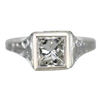 Belais Upcycled Diamond Solitaire Ring
