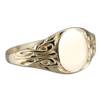 Vintage Unisex Signet Ring with Scrolling Motifs