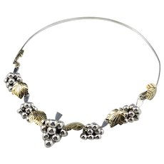 Mixed Metal Grapes Link Collar Necklace
