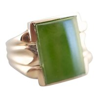 Retro Era Men's Jade Cabochon Ring