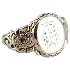 """Victorian Old English """"D"""" Monogramed Signet Ring"""