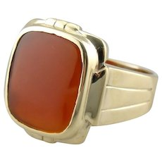 Carnelian Ring, Vintage Mens or Ladies with Fine Carnelian in Yellow 10K Gold