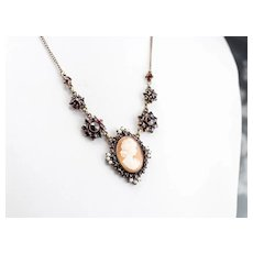 Antique Cameo Bohemian Garnet and Seed Pearl Necklace