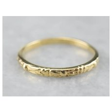 Vintage Patterned 18K Wedding Band