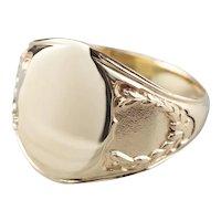 Vintage 10 Karat Gold Laurel Wreath Signet Ring