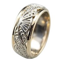 Unisex Patterned Two Tone 14 Karat Gold Band