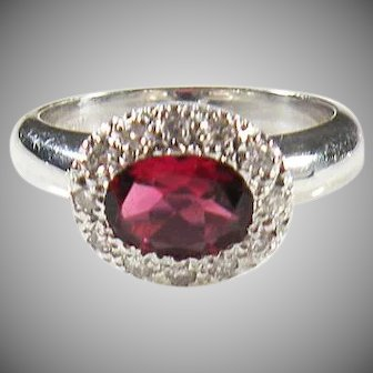 18K White Gold Vintage Red Ruby & Diamond Ring