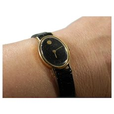 Vintage 14K Yellow Gold Ladies Oval Movado Museum Watch