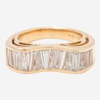 Oscar Heyman & Brothers Eighteen Karat Yellow Gold Diamond Ring