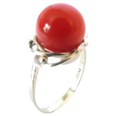 9.5 mm Deep Red Coral Solitaire Platinum Ring