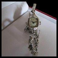 Vintage Bulova 14 Karat Gold Ladies Wrist Watch