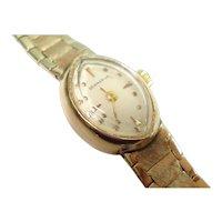 14Kt Gold Ladies Bracelet Watch Vintage Hand Winding 17 Jewel Marquis Design