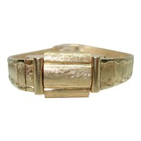 14 Kt Gold Ladies Flip Top Hidden Wristwatch Scalloped Edges Solid Gold Bracelet Band