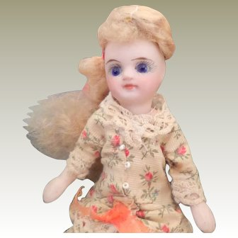 Pretty Mignonette Doll Nicely Dressed c1900
