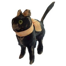 Small Black Putz Velvet Cat c1920