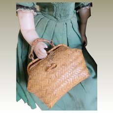 Small Dolls Woven Travelling Bag c1900