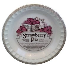 Strawberry Pie Plate Royal China Country Harvest Baker Pan