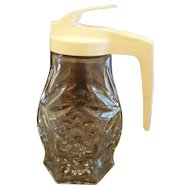 Early American Prescut Syrup Pitcher Plastic Lid Anchor Hocking