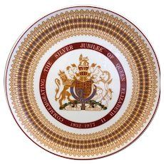 Queen Elizabeth II Silver Jubilee Souvenir Plate 1977 Royal Tuscan Bone China