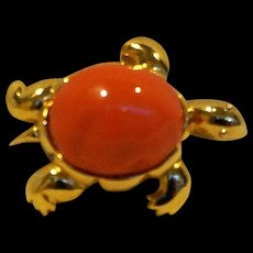 KJL Kenneth Jay Lane Faux Orange Coral Lucite Turtle Pin Pendant
