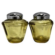 Amber Glass Panels 8 Sides Salt Pepper Shakers Chrome Lids Elegant