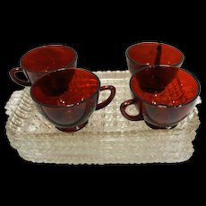 Anchor Hocking Serva Snack Set 8 Pieces 4 Clear Trays 4 Royal Ruby Red Cups