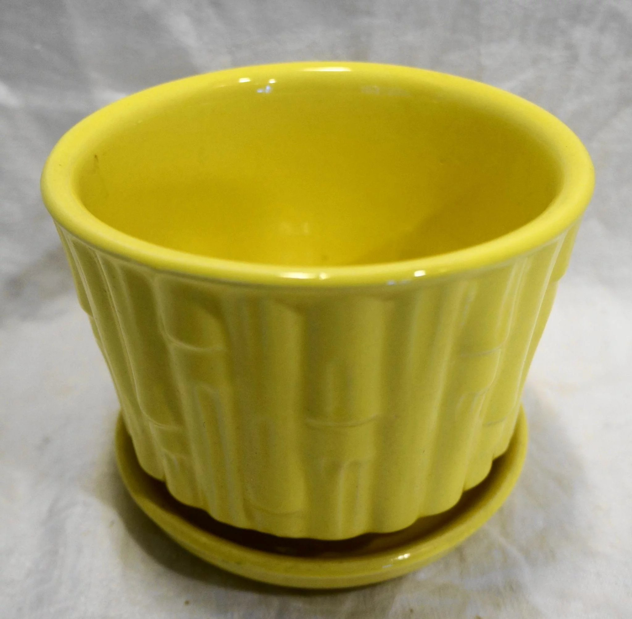 Mccoy Bamboo Bright Yellow Flower Pot Planter With Saucer 0373