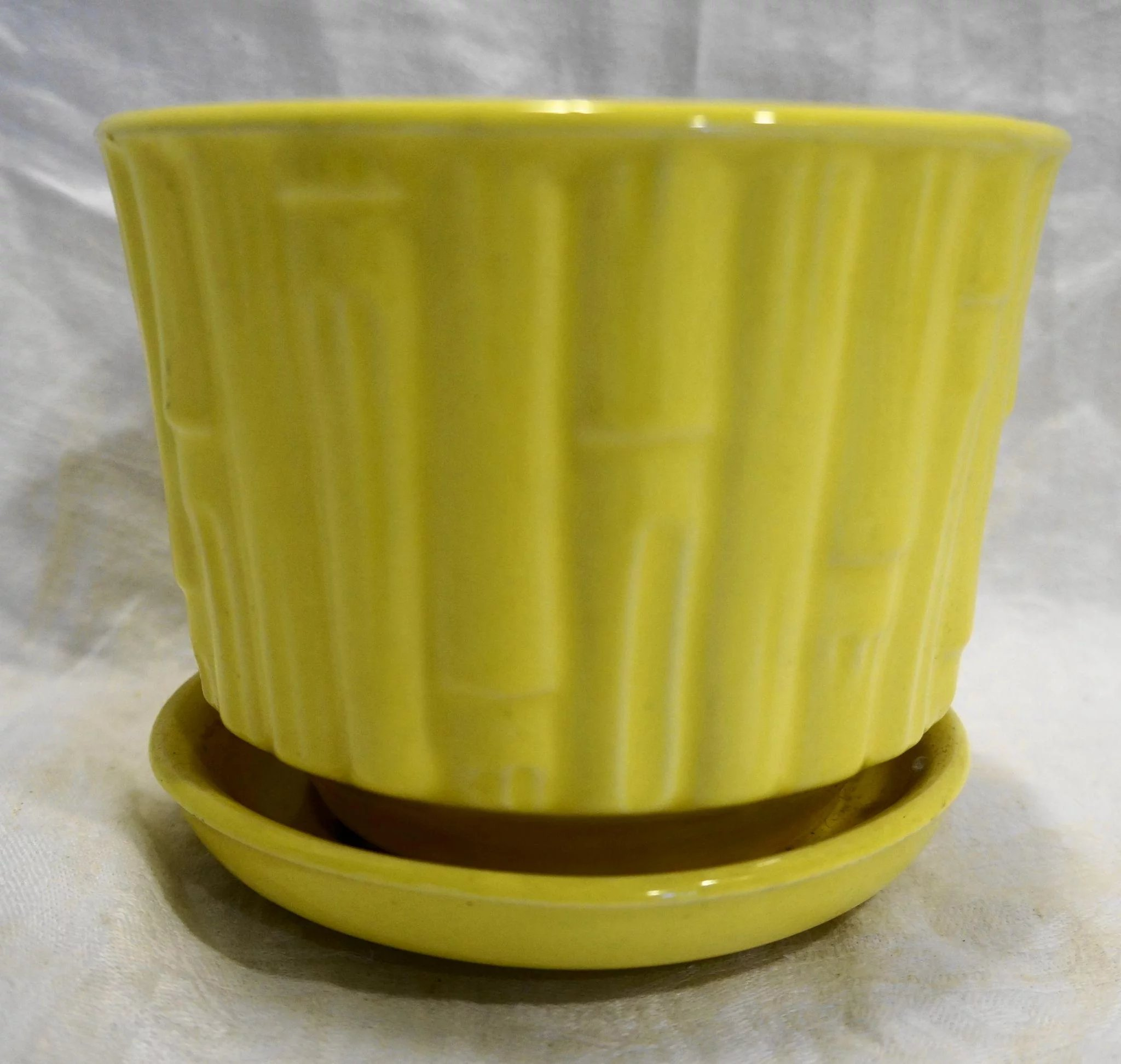 Mccoy bamboo bright yellow flower pot planter with saucer 0373 click to expand mightylinksfo