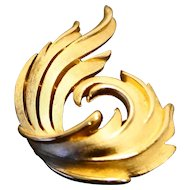Trifari Swirl Feather Pin Brushed Gold Tone
