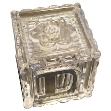 Avon Lead Crystal Alphabet Block Cube 1994 1 3/4 IN