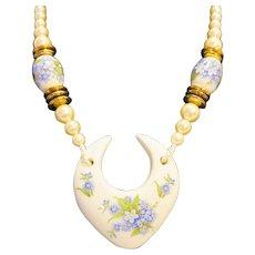 Blue Forget-Me-Nots Porcelain Faux Pearls Necklace 1980s