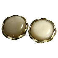 Lisner Moonglow Champagne Earrings Round Large