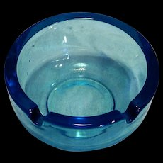 Viking Colonial Sky Blue Ashtray Art Glass #1036 Plain Round