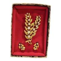 Gold Tone Faux Pearl Pin Earrings Box Set Flowers Ferns