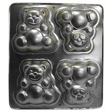 Wilton Teddy Bears Mold Pan 1991 Retired 4 Bears 5 IN
