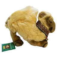 Steiff Christmas Dromedary Camel EAN 670923 Germany Gold Plush 30 CM Yellow Tag