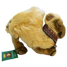 Steiff Christmas Dromedary Camel EAN 670923 Germany Gold Plush 30 CM Yellow Tag