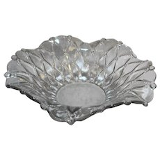 Quilted Beaded Diamond Clear Glass Ruffled Rim Centerpiece Bowl