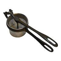 King Seamless Cup Press Potato Ricer Strainer Cincinnati Galvanizing Co.